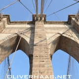 brooklyn-bridge-saeulen