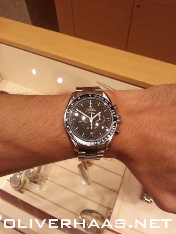 omega speedmaster professional moonwatch co axial. Black Bedroom Furniture Sets. Home Design Ideas